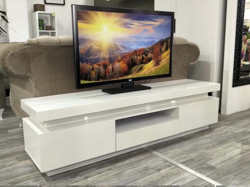 TV komoda HTTV-15